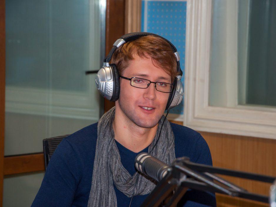 Владивосток встретил Евгения Южина афишами и интервью