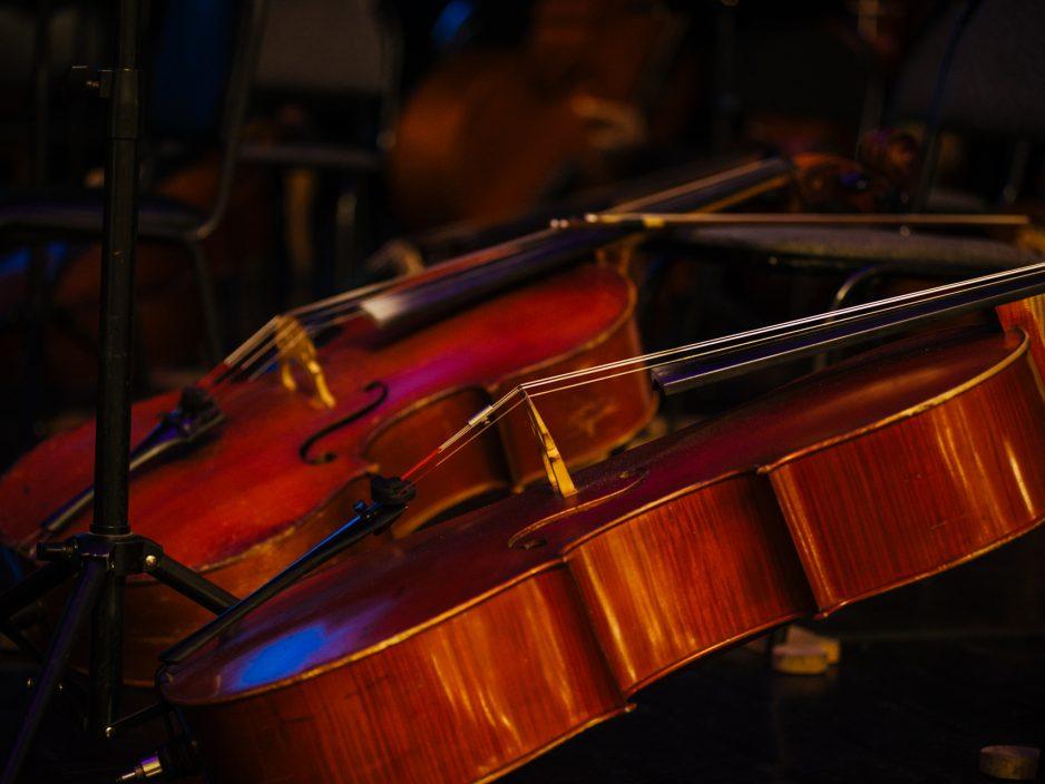 Парад Солистов  и вечер в стиле «ретро»– праздник музыки продолжается