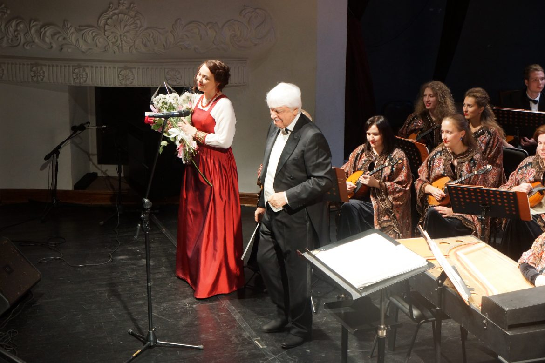 Главный народный оркестр России выступил на сцене   Приморской краевой филармонии.