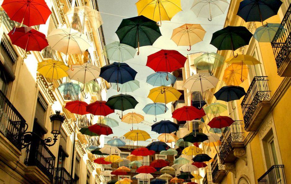 20 декабря «Шербурские зонтики»