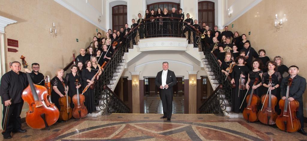 27 марта  Концертная программа «Великий Бетховен» к 250- летию со дня рождения  композитора