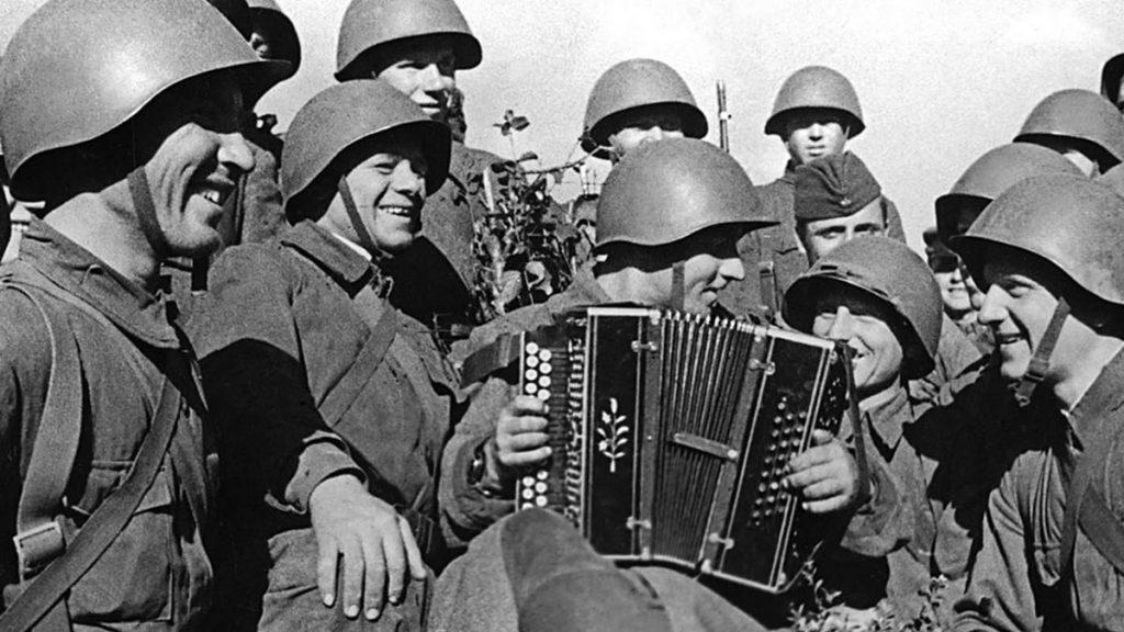 6 мая К 75-летию Победы  в Великой Отечественной войне Литературно-музыкальная программа «Война, молодость, любовь»