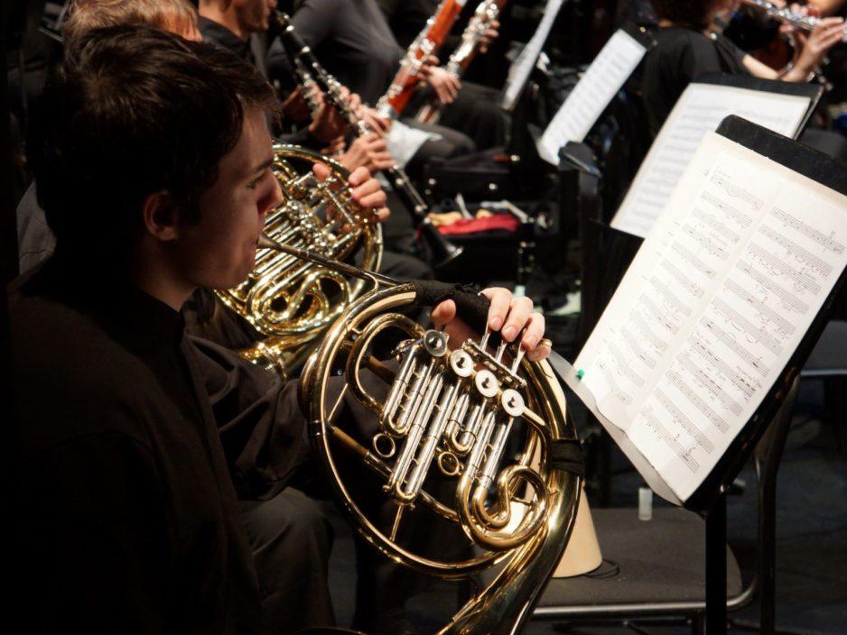 29 мая  Праздничная концертная программа, посвященная  85-летию Тихоокеанского симфонического оркестра