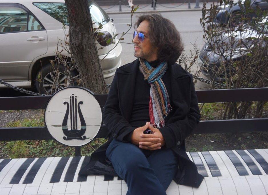 27 сентября XXIX Фестиваль классической музыки «Дальневосточная Весна» «Музыка странствующей виолончели»Концертная программа  Играет  ЯН  МАКСИН  (виолончель)